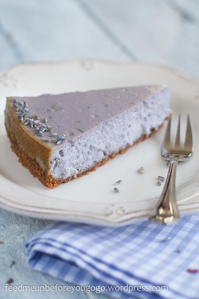 Der Perfekte Sommerkuchen Lavendel Cheesecake Mit Weisser Schokolade