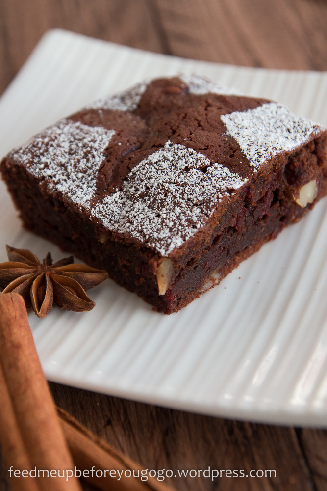Glühwein-Brownies mit Roter Bete Rezept Feed me up before you go-go-3