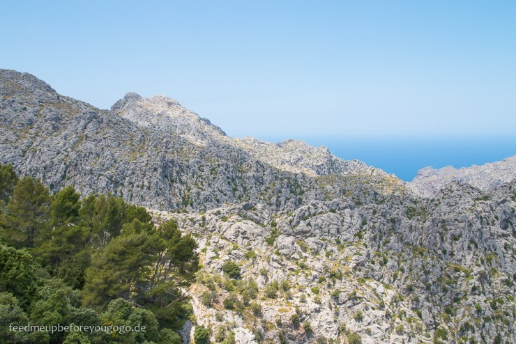 Mallorca Food & Travel Guide - die schönsten Bergdörfer LLuc Serra de Tramuntana Feed me up before you go-go
