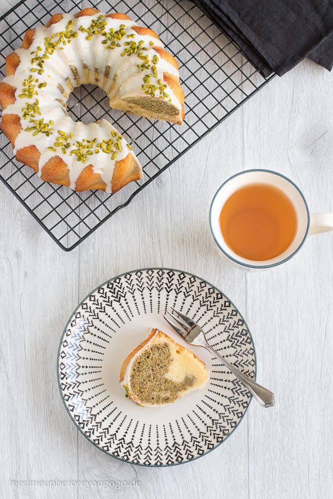 Mamorkuchen mit weißer Schokolade, grünem Darjeeling und Pistazien Rezept