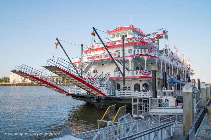 Savannah Georgia River Street Hafen Steamboat Südstaaten