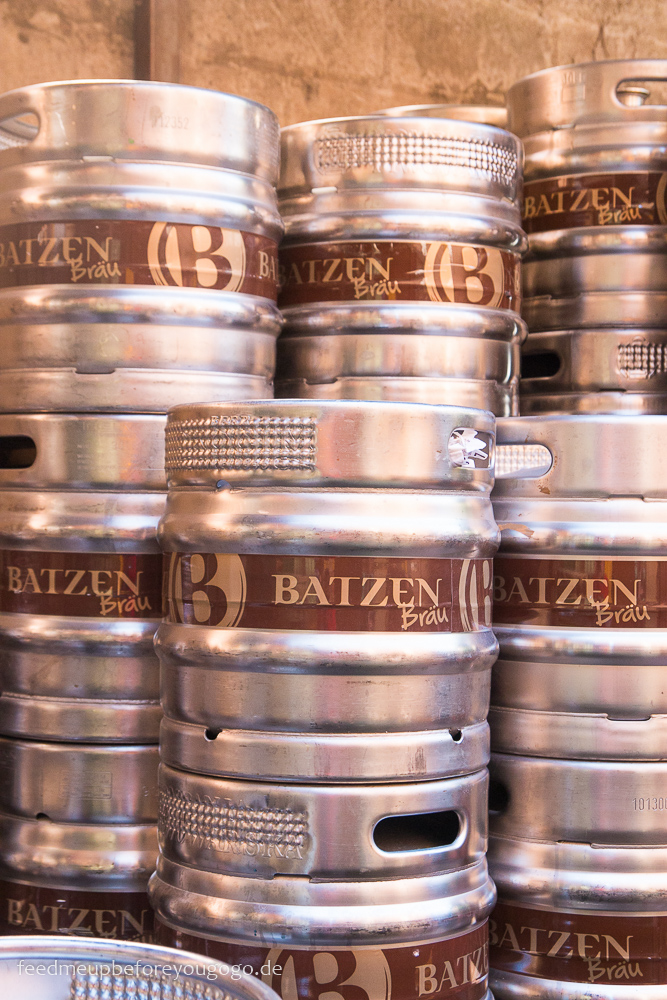 Bozen kulinarisch Batzen Bräu Fässer Brauhaus Südtirol Italien