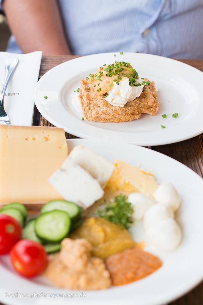 Waffel zum Frühstück Hubertus Alpin Lodge & Spa Balderschwang