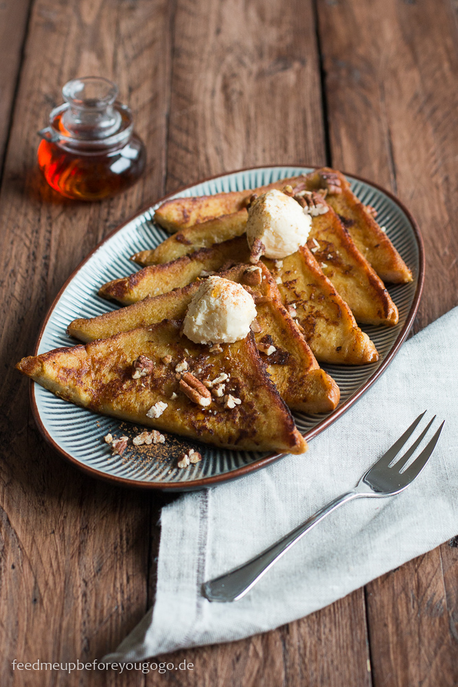 Pumpkin Spice French Toast mit Ahorn-Bourbon-Sirup Rezept Feed me up before you go-go