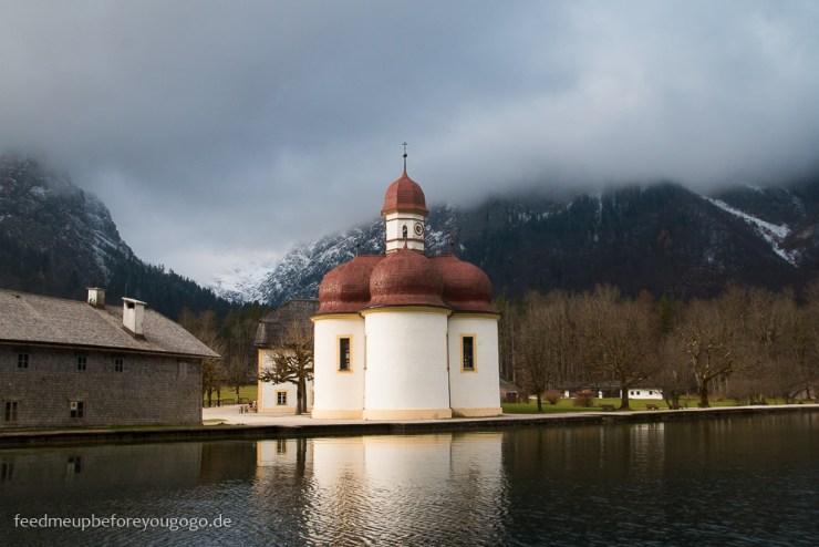 Kapelle St. Bartholomä Königssee Berchtesgadener Land im Winter