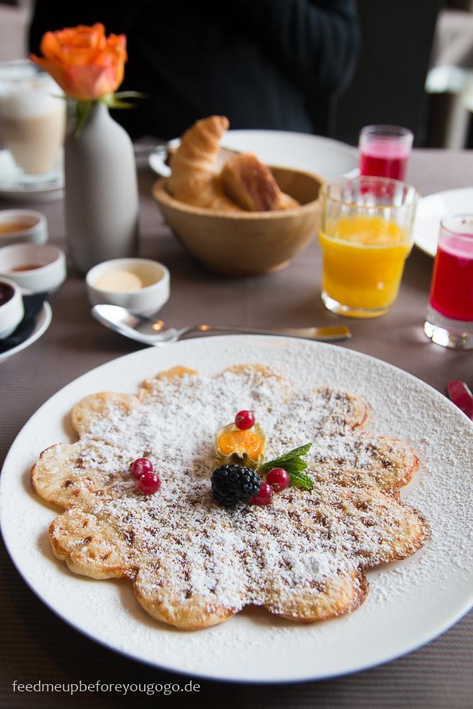 Das Kronthaler Hotel Waffel Frühstück Achenkirch Tirol