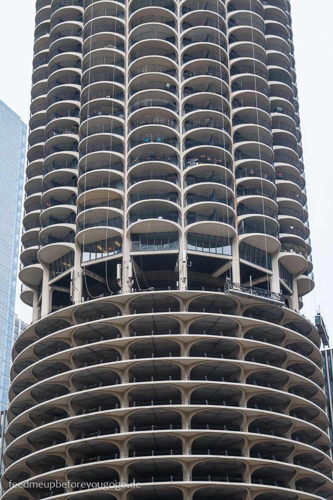 Chicago Marina City Riverwalk The Loop Downtown
