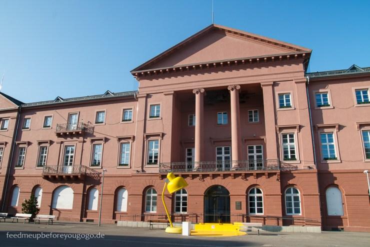 Reisetipps Karlsruhe Marktplatz Rathaus