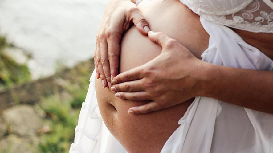 Getting Rid of Stretch Marks. 4 Amazing Tips