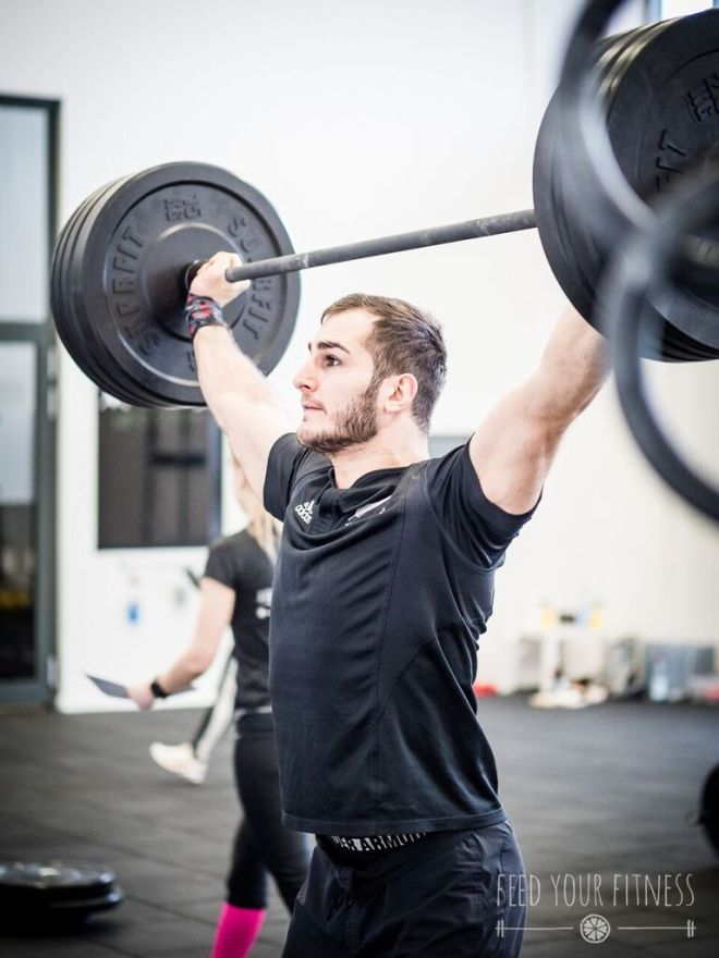 Valentinstag CrossFit Coaching Overhead Squat 2