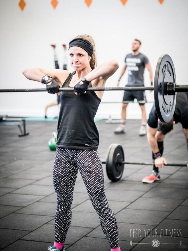 Valentinstag CrossFit Sumo Deadlift High Pull 3