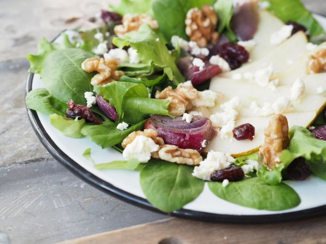 FEED YOUR FITNESS_birnen-feta-salat-mit-cranberries-iv