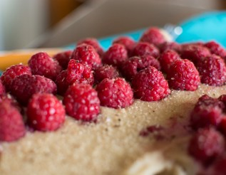 Vegan Raspberry Cheesecake | Feed Your Skull
