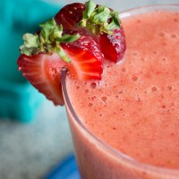 Strawberry Orange Smoothie [banana-free]