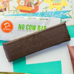 July 2015 Vegan Cuts Snack Box   Feed Your Skull
