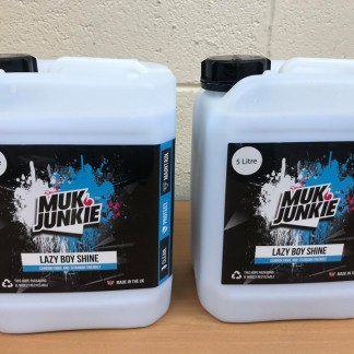 muk junkie 2 x 5 litre lazy boy shine