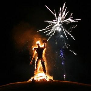 Wickerman_burn_fireworks