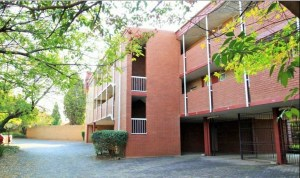 Fully Furnished Self-Catering 2-Bedroom Apartment To Let in Zwartkop Centurion by Feel-at-Home Properties