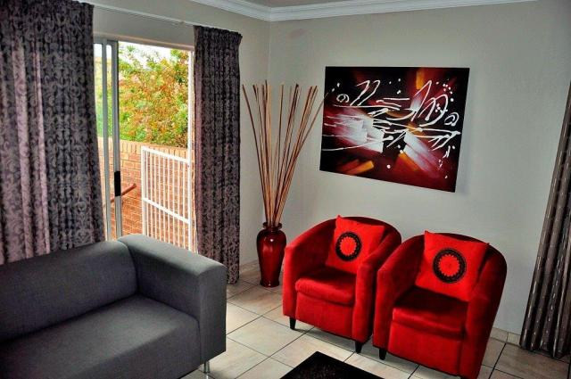 Fully Furnished Self-Catering Accomodation To let in The Reeds-Centurion by Feel-at-Home Properties