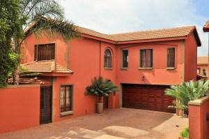 Notting Hill 19 Fully Furnished 3-Bedroom House To Let Faerie Glen Pretoria East