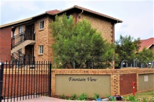 Fountain View 95 is a Fully Furnished 2-Bedroom Apartment To Let in Noordwyk Midrand by Feel-at-Home Properties