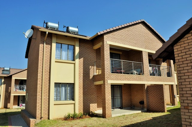 Adante 60 Fully Furnished 2 Bedroom Selfcatering Apartment