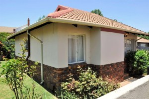 Nossob Park 30 is a 2 Bedroom Townhouse To Let in Erasmuskloof Pretoria by Feel-at-Home Properties