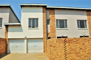 Pebble Lane No 21 is a 3-Bedroom Townhouse To Let in Hazeldean Tyger Valley Pretoria East by Feel-at-Home Properties