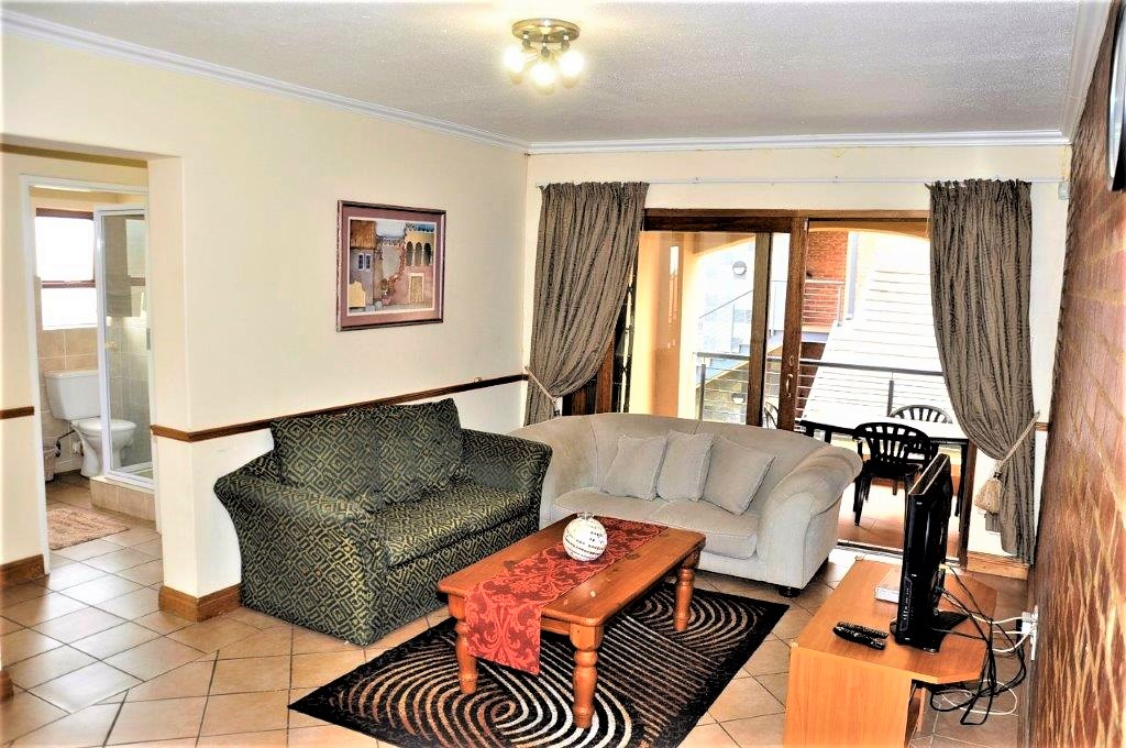 Hilltop Lofts 173 is a Fully Furnished 2-Bedroom Apartment To Let in Carlswald Midrand by Feel-at-Home Properties