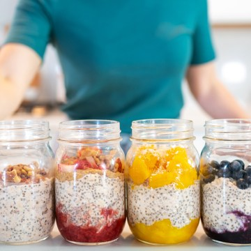 EASY OVERNIGHT OATS (How To Meal Prep) + 5 Healthy Flavors (gluten free!)