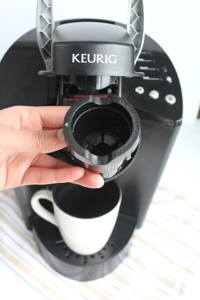 cleaning k cup holder