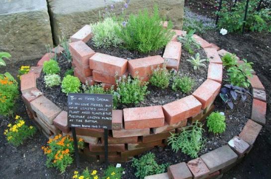 spiral-gardens13