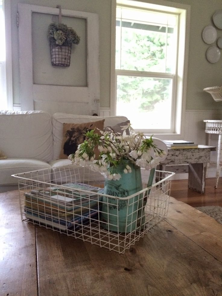 Wire Baskets Interior Ideas That You May Implement In Your Home Wire Basket Table Centerpiece
