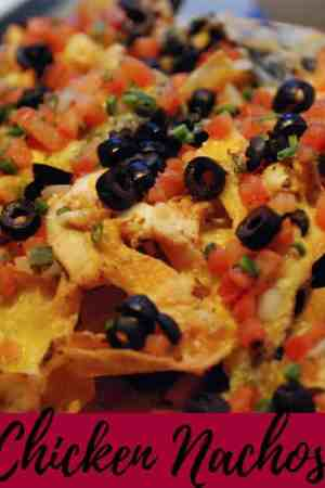 How to make simple and easy Jamaican chicken nachos recipe - These are the best spicy homemade nachos! Quick recipe, good for weeknight dinner!