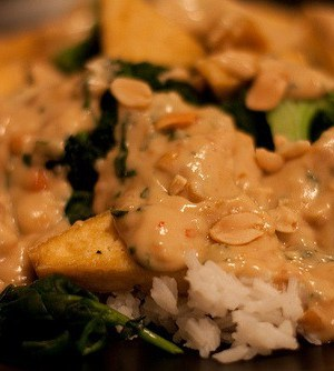 tofu stir fry with peanut sauce