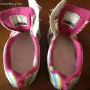 How to Fix Stinky Shoes