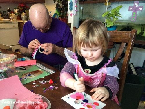 process-art-family-toddler