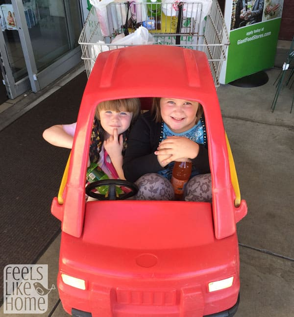grocery-shopping-with-kids
