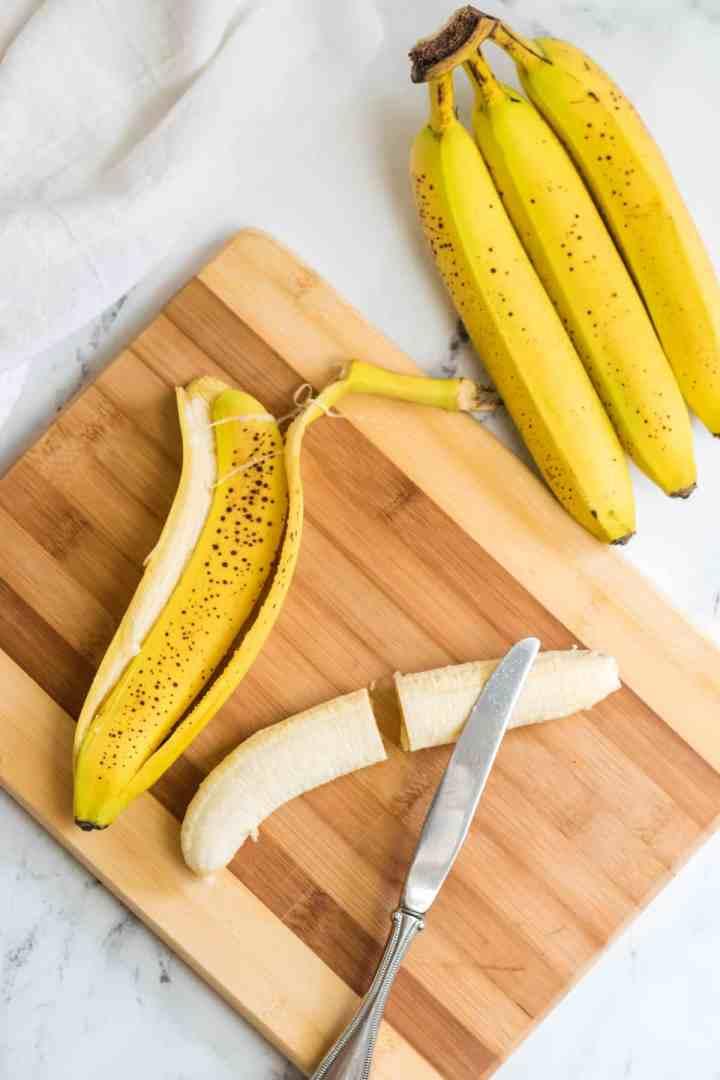 cut the bananas in half