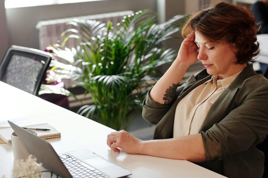 reflexology-headache-migraine-relief