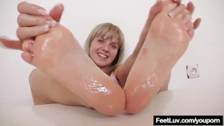 Solo Teasing With Bella Greasing Her Feet With Oil
