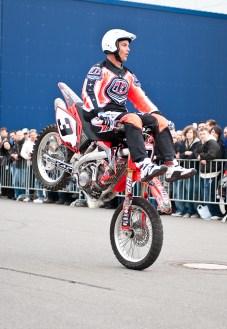 stuntshow-mike-auffenberg-20090314-0004