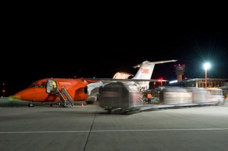 flughafen-erfurt-weimar-nacht-20110411-1158