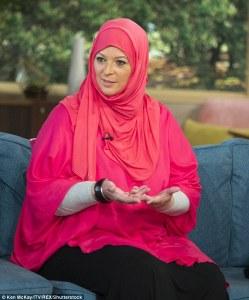 Lauren Booth Hanım, Tony Blair'in Müslüman baldızı