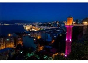 İzmir: Asansör'ün altı ve üstü