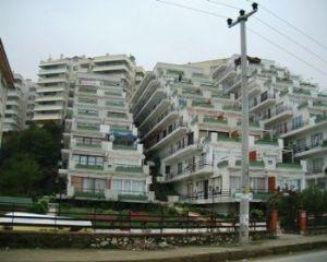 Çınarcık'ta sahil evleri... Bir mimarlık denemesi...