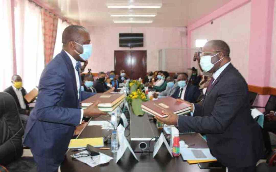 Partenariat: Mutualisation des efforts entre le MINCOMMERCE et le FEICOM pour l'accompagnement des CTD