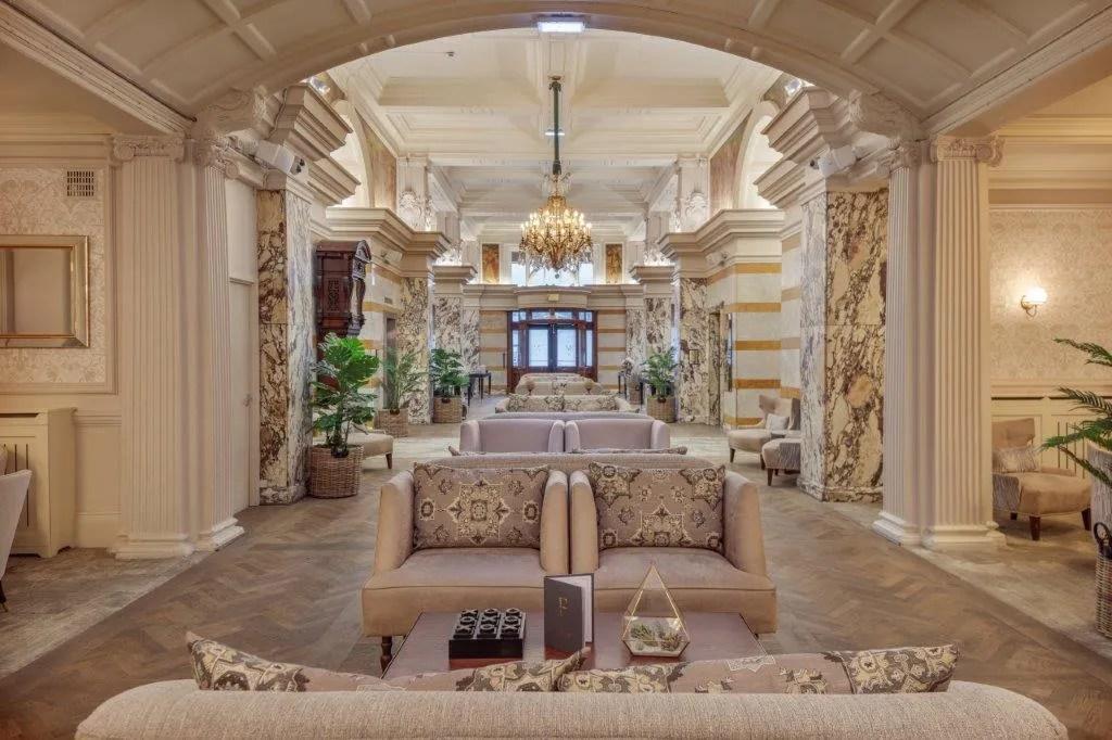 Fei Liu x Majestic Hotel Harrogate - Deluxe King Room