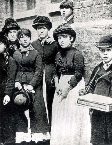 #anonymouswasawoman: #HERstory: Matchgirls participating in a strike against Bryant May in London 1888