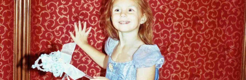 disney-princess-photos-body-image-1482954527.jpg